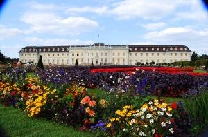 palace w flowers